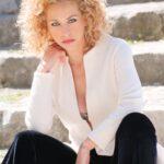 Elena Starace con tanti nuovi progetti